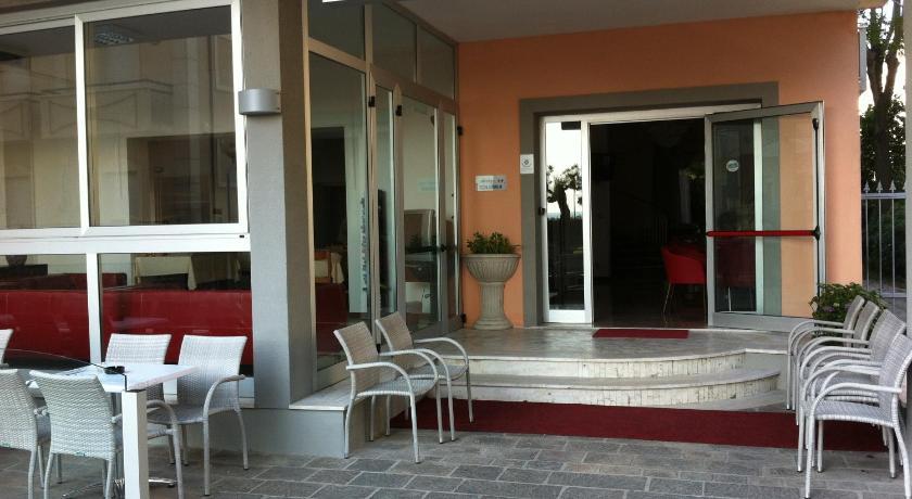 Albergo Colonna (Rimini)