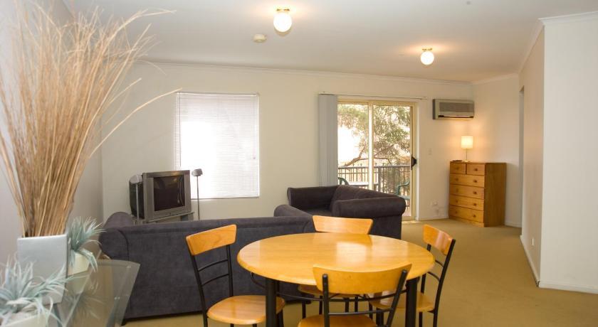 Apartment Carrington Gardens
