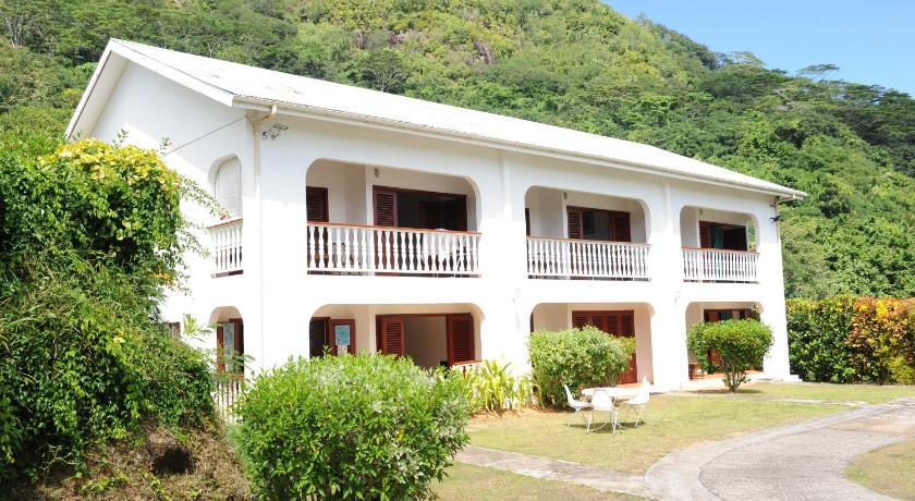 http://r-ec.bstatic.com/images/hotel/840x460/309/30948622.jpg