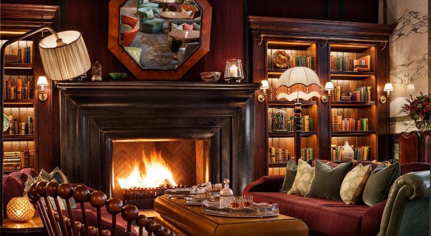 イギリス,ロンドン,チャンセリー コート ホテル ロンドン(Rosewood London)