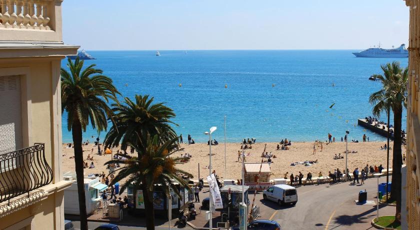 Appartement 3 pièces Croisette (Cannes)