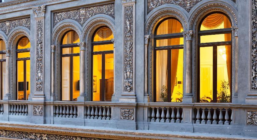 B&B Suite Galleria Umberto (Neapel)