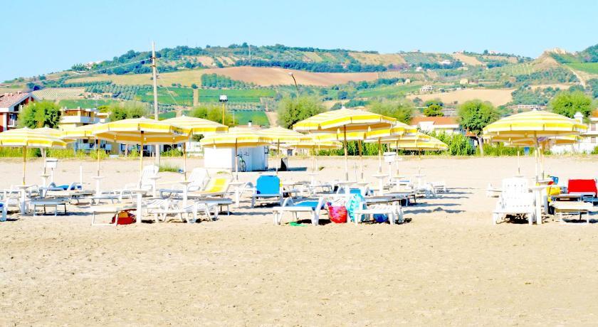 Booking Hotel Rivadoro Recensioni Tripadvisor Martinsicuro 3 Stelle