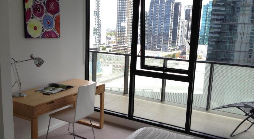 Apartment Southbank Views