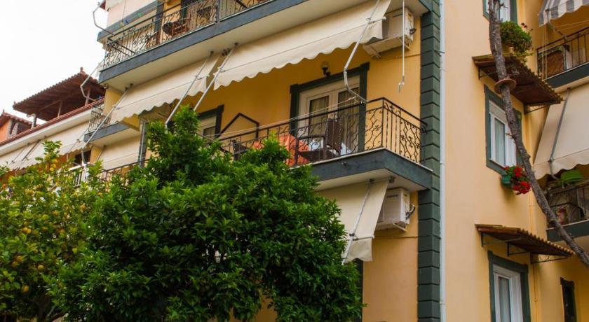 Tousis, Hotel, Agion Anargiron 13, Parga, 48060, Greece