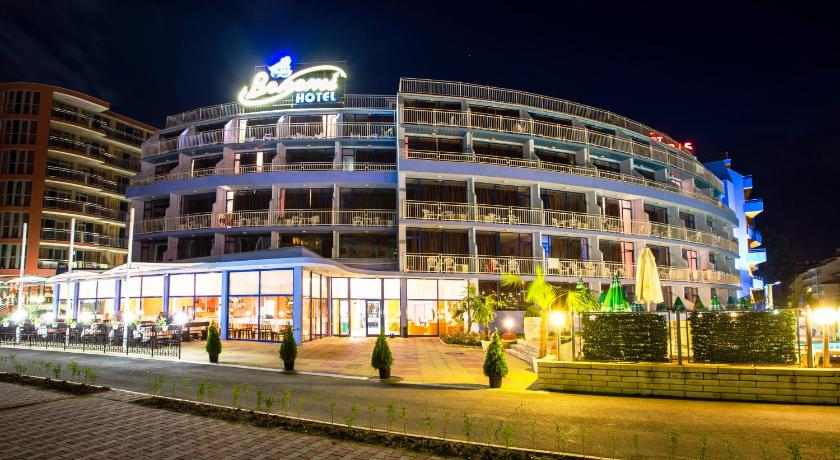 Bohemi Hotel, Night, Property building