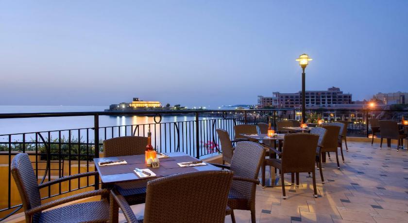 マルタ島,セントジュリアンズ,マリーナ ホテル コリンシア ビーチ リゾート(Marina Hotel Corinthia Beach Resort)