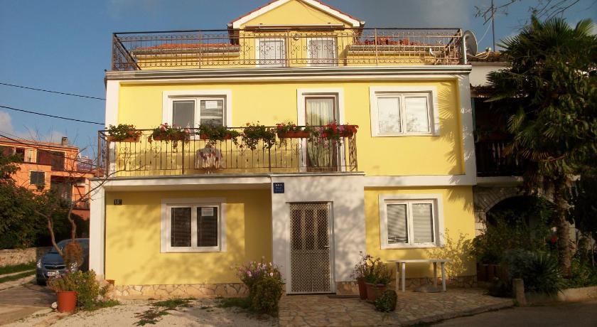 Apartments Zlata (Porec)