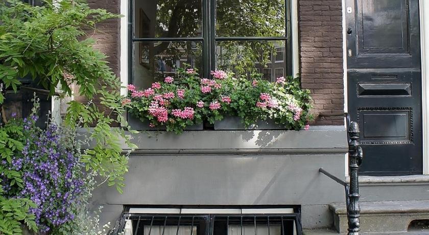 Schierstins Apartment (Amsterdam)
