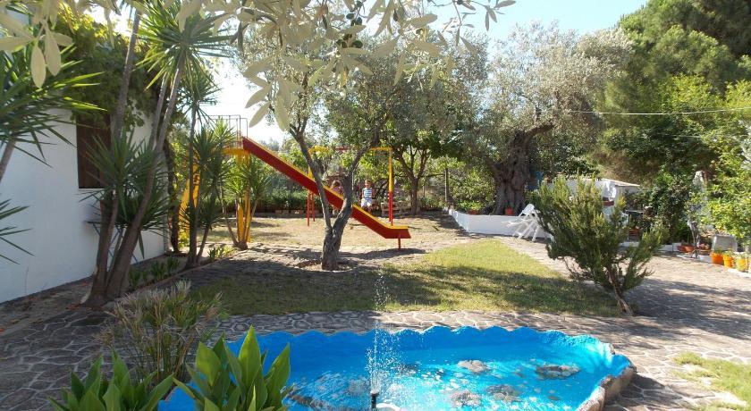 Pleiades Studios And Maisonettes, Hotel, Stafylos, Skopelos  37003, Greece