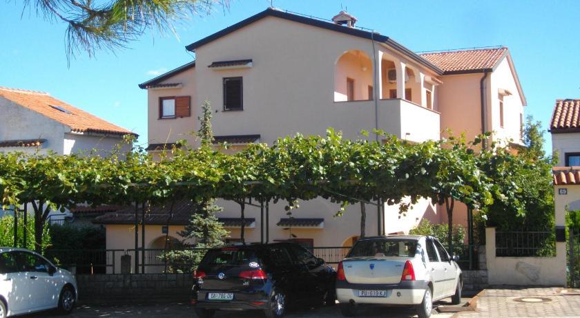 Apartments Neda (Porec)