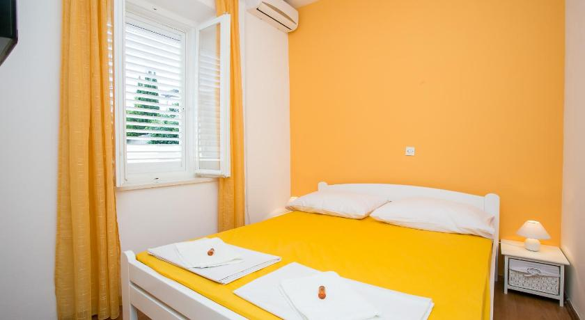 Yellow Room Guesthouse in Dubrovnik