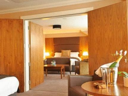 Rox Hotel (Aberdeen)