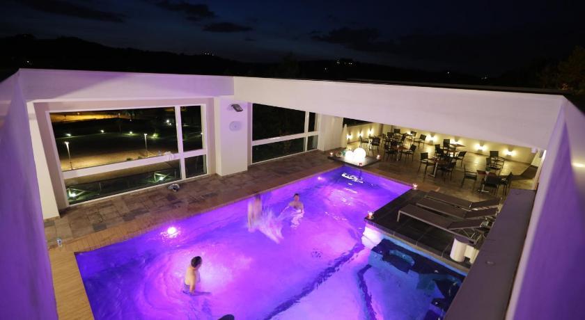 Admiral park hotel zola predosa italia for Design hotel zola