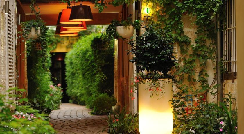 10 самых романтичных отелей Парижа