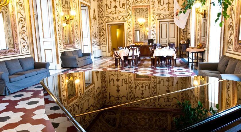 Decumani Hotel De Charme (Neapel)