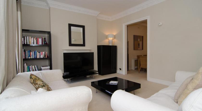 London Escorts Near South Kensington Chelsea Apartment