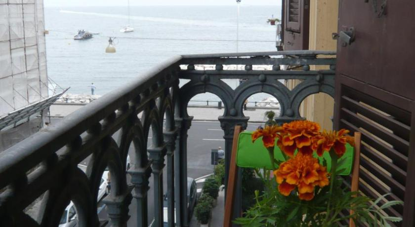 Bed and Breakfast Latomare (Neapel)
