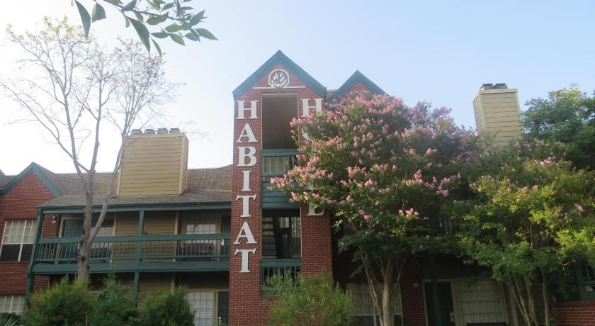 Hotel Habitat Suites Austin