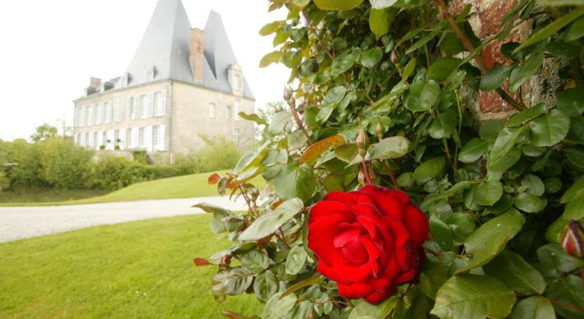 Chateau de villiers essay france
