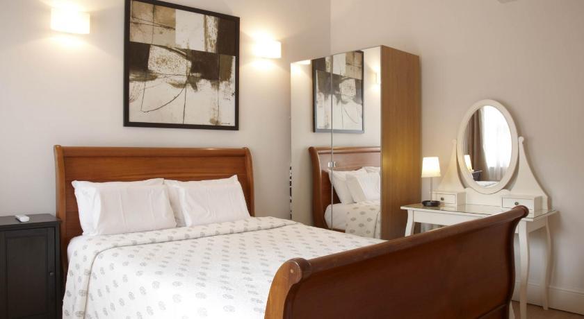4 Bedroom Apartment Covent Garden (London)