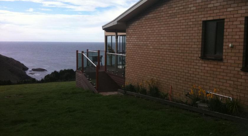 Bed and Breakfast King Island Scenic Retreat
