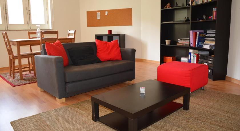 Lovely Apartment Right in the City Center (Porto)
