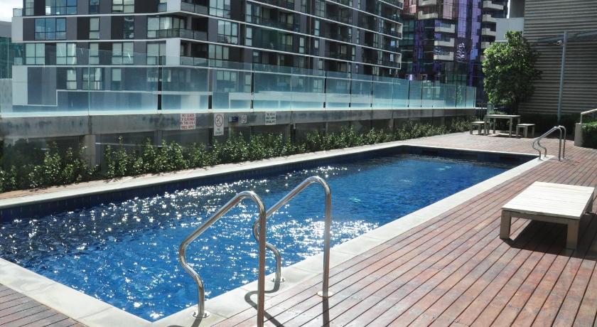 Condo Hotel 5 Star Docklands