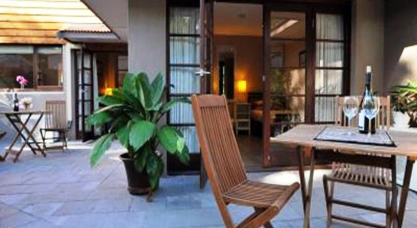 Waikiki Beach Bed and Breakfast