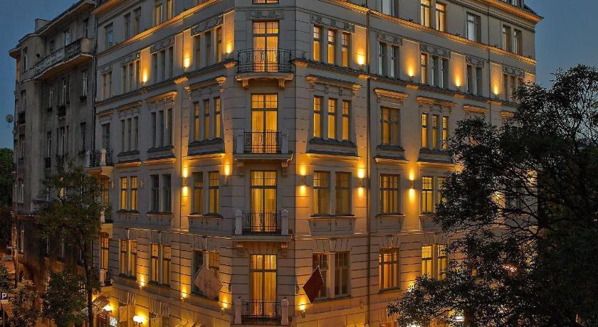 Hotel Rialto (Warschau)