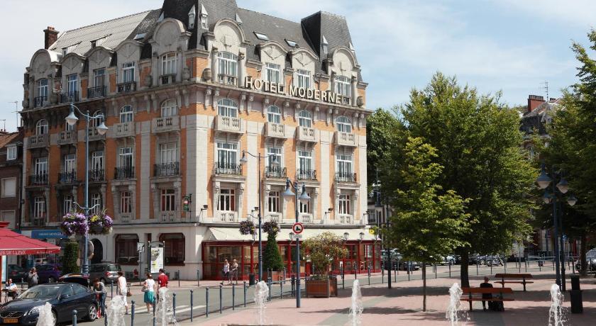 """Hotel """"Moderne"""""""