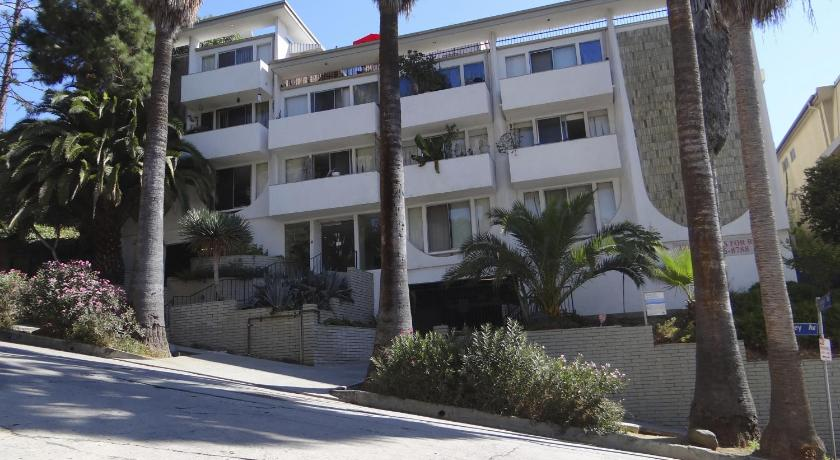 Hollywood Hills Apartment (Los Angeles)