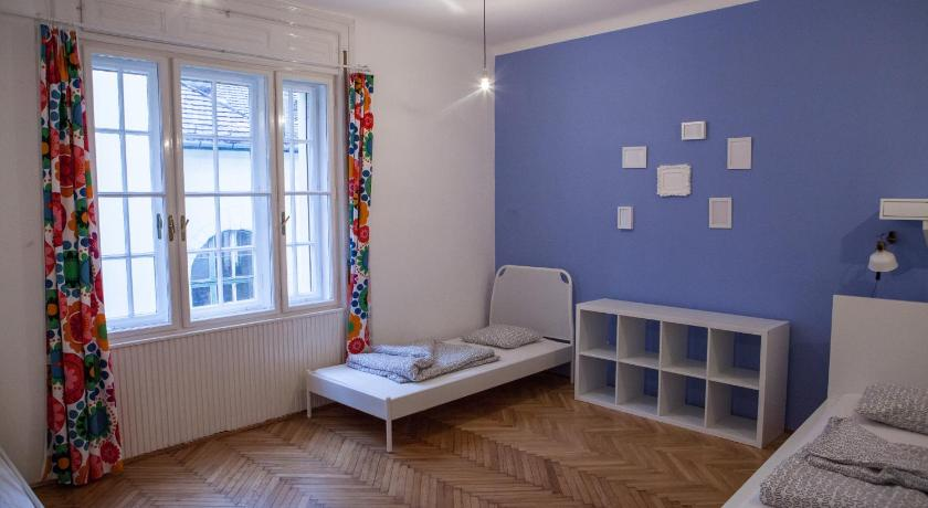 Mosaic Guesthouse (Budapest)