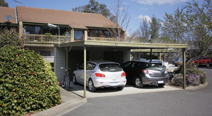 Apartment Lyneham Pines
