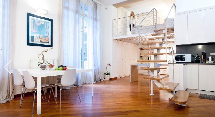Apartment Near Sforzesco Castle (Mailand)