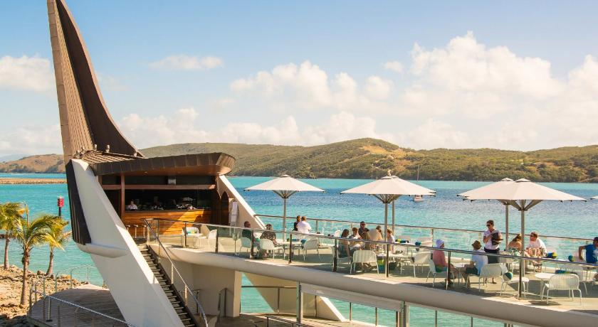 Yacht Club Villa Hamilton Island Australia Booking Com