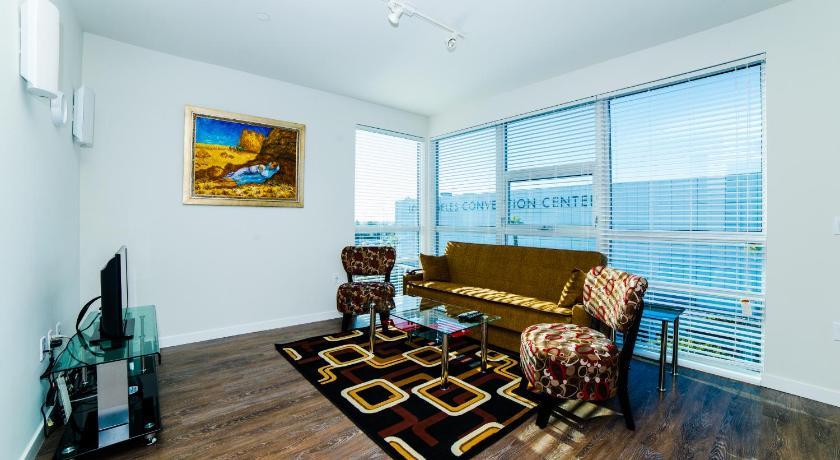 Downtown Vivaldi Apartment (Los Angeles)