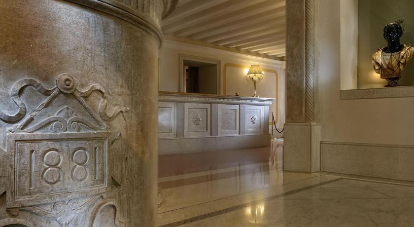 イタリア,ヴェネツィア,ホテル アイ レアーリ(Hotel Ai Reali)