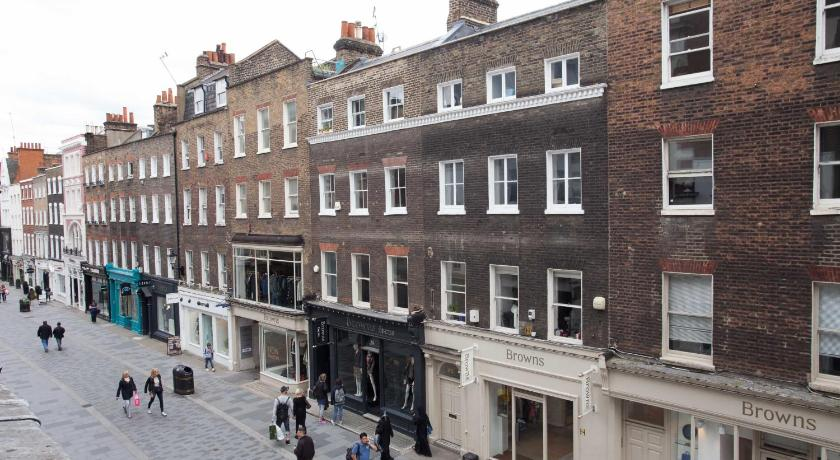 London Escorts Near Stunning Bond Street - Mayfair Apartment