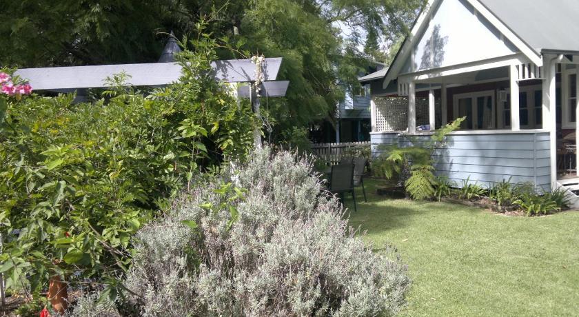 Wyreepi River Cottage