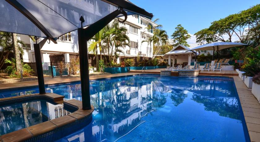 Condo Hotel Palm Cove Accommodation