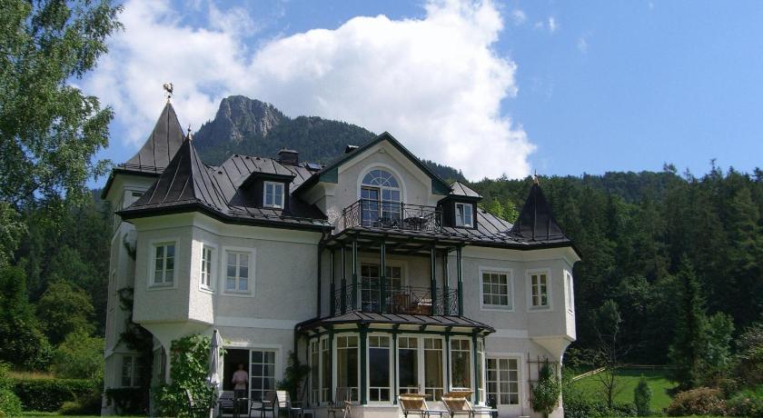 Hotel Seewinkel mit Seeschlössl (Fuschl am See)