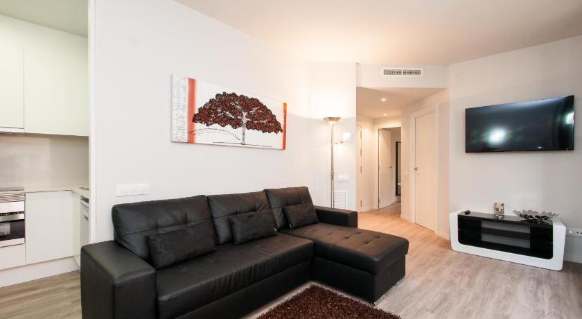 Roger Flor Apartments (Barcelona)
