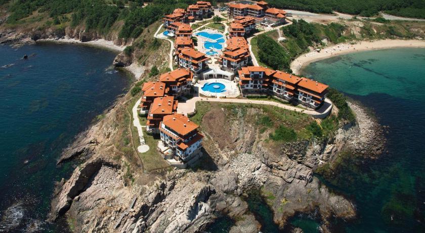 http://r-ec.bstatic.com/images/hotel/840x460/403/4035846.jpg