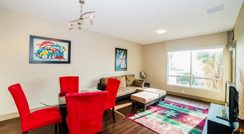 McCadden Suite Apartment (Los Angeles)