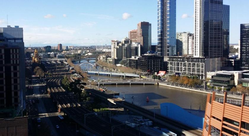 Aura on Flinders Apartments