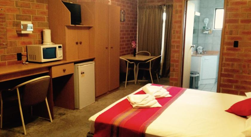 Pooraka Motor Inn