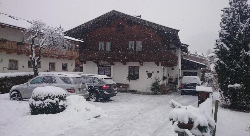 Haus Reason (Aurach bei Kitzbühel)