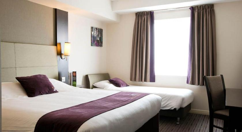 London Escorts Near Premier Inn London Lewisham