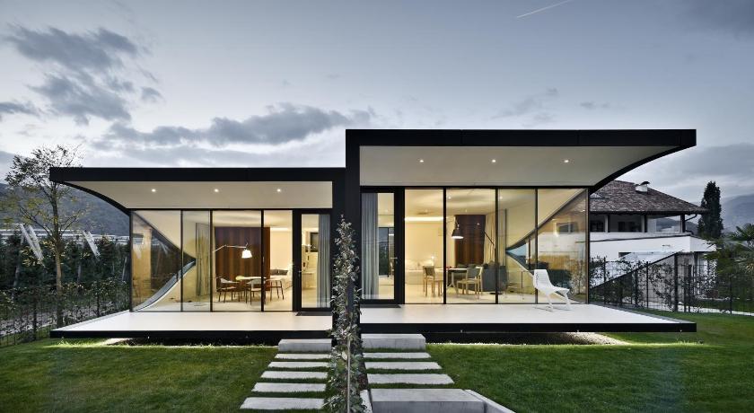 Mirror Houses (Bozen)